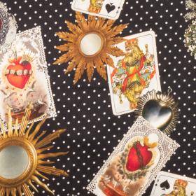zwart wit genopt zijde satijn stretch met luxe speelkaarten dessin Italiaans import