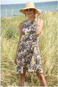Fashion Trends wit viscose met lila roze geel veldbloemen dessin